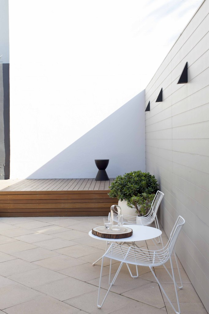 Melinda Clarke Paddington Terrace Interiors Courtyard